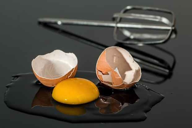 egg-eggshell-broken-yolk.jpg