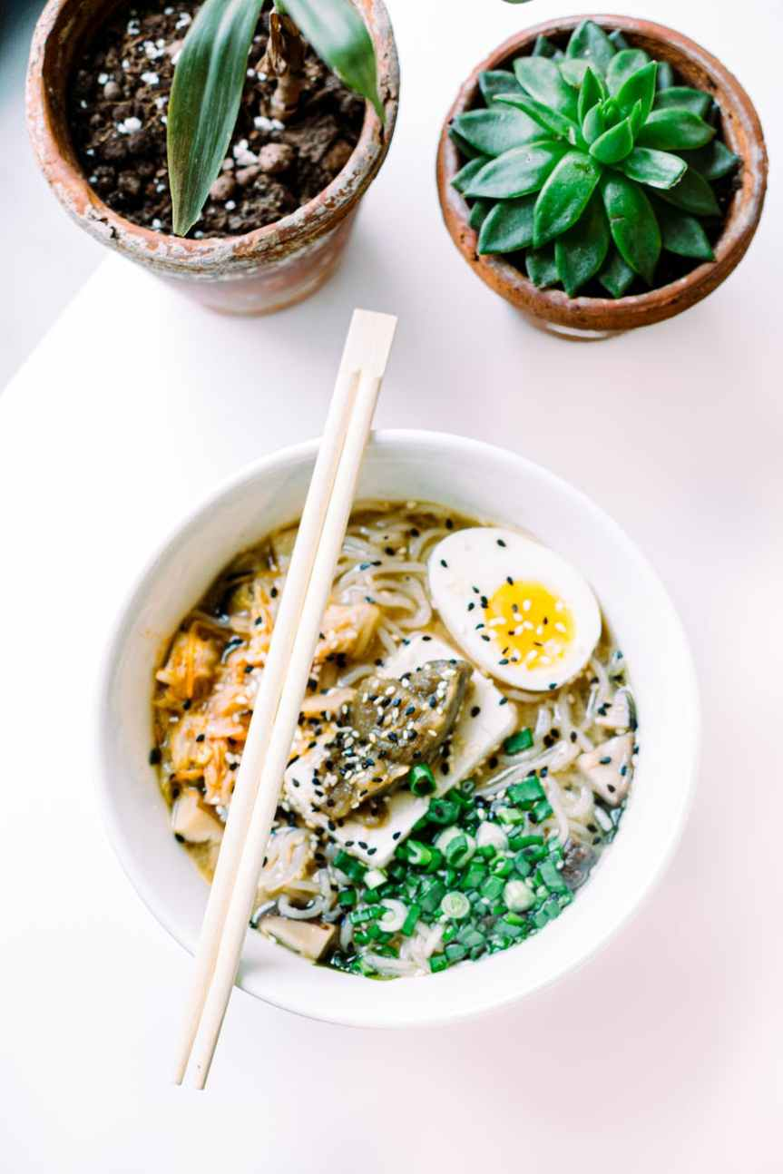 Whole30 Hot or Cold Tantanmen Ramen Soup